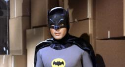 Batman, impersonato dal defunto Adam West