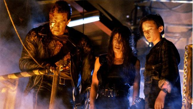 Linda Hamilton in una scena di Terminator 2