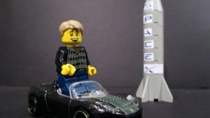 Elon Musk, la Tesla e un razzo Space X