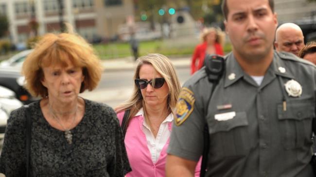 Donna newyorkese denuncia il nipotino per un polso rotto nel 2011