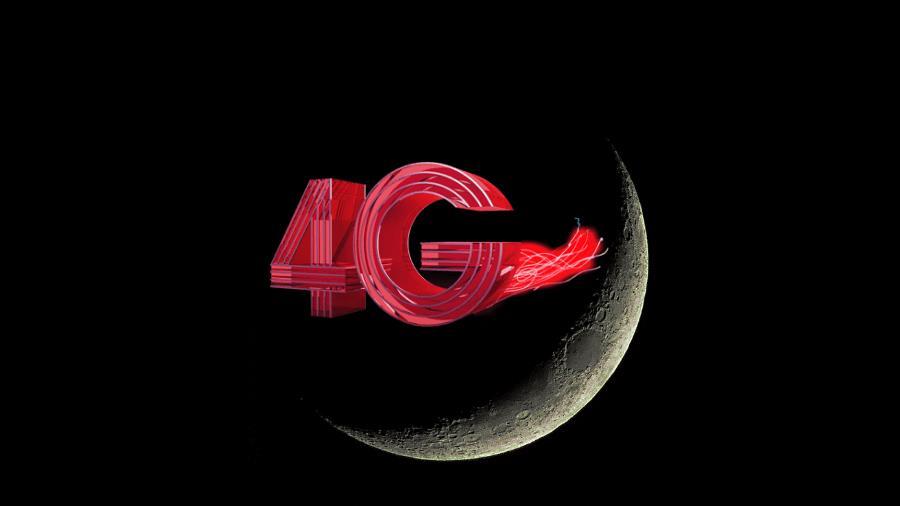 La scritta 4G sovrapposta alla Luna