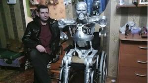 Alexander Osipovich e il suo T-800 casalingo