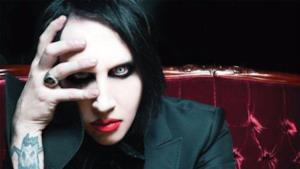 Un primo piano del rocker Marilyn Manson