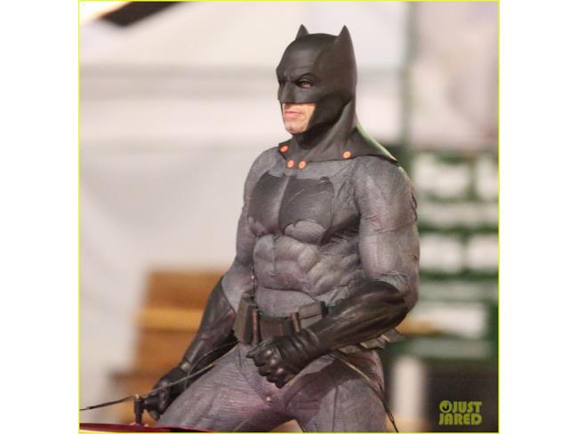 Batman insegue il Joker sul set di Suicide Squad
