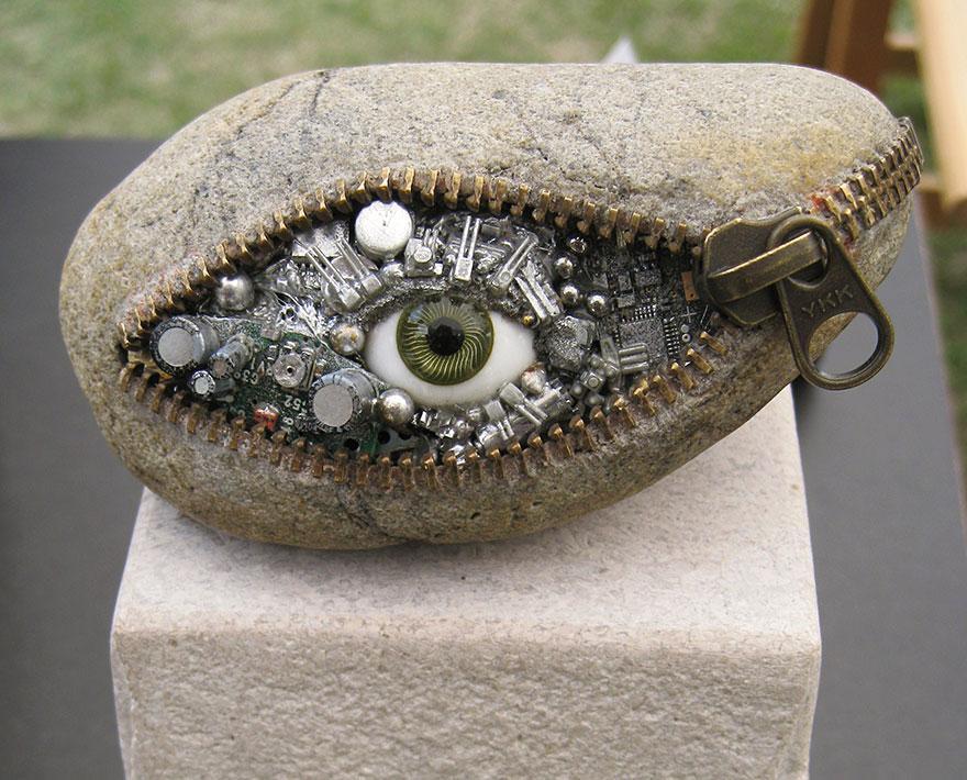 Scultura realistica: occhio