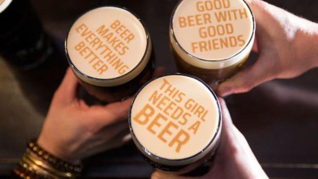 Alcuni esempi di scritte personalizzate sulla birra