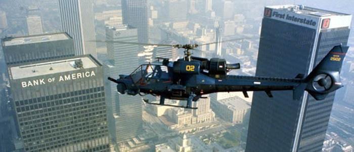 Fotogramma del film Tuono Blu, con l'elicottero