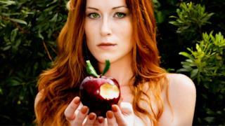 Se vuoi avere alte prestazioni sessuali devi mangiare più mele