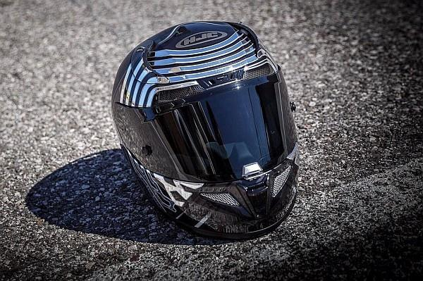 Caschi da moto ufficiali di Star Wars ispirati al Sith Kylo Ren.