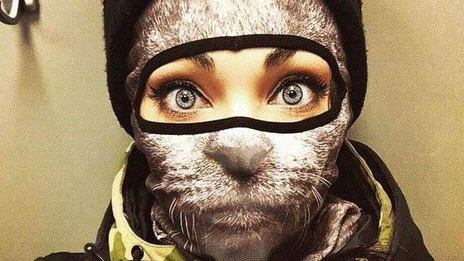 Facce animalesche e orecchie 3D per queste nuove maschere da sci