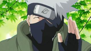 Naruto, Kakashi si toglie la maschera e svela il suo vero volto!