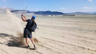Adam Rolston in azione