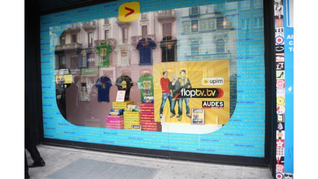 La vetrina di FlopTV all'Upim