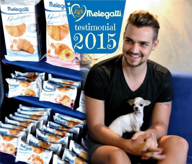 Scanu e uno dei suoi cani, testimonial di Melegatti