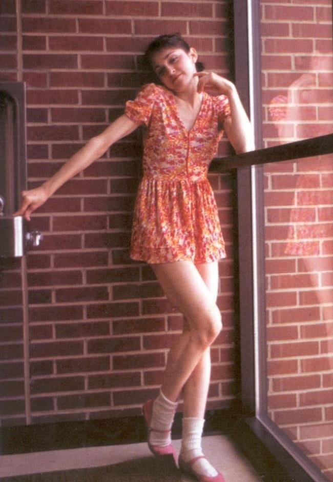 Un'immagine di Madonna da adolescente