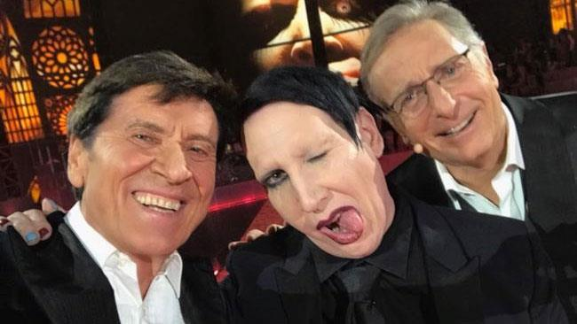 Morandi, Manson e Bonolis si concedono un selfie