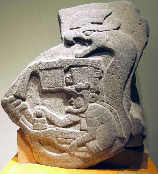Una delle antiche borsette misteriose