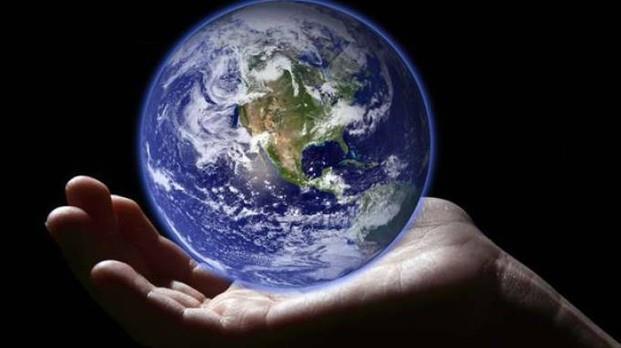 Una mano per salvare la Terra dalla siccità