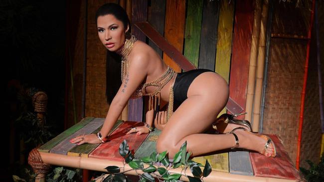 La statua di cera di Nicki Minaj molestata da Madame Tussauds