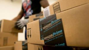Pacchi Amazon Prime pronti alla spedizione