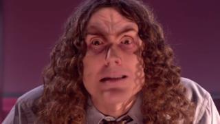 Immagine di Weird Al Yankovic nel video di Foil