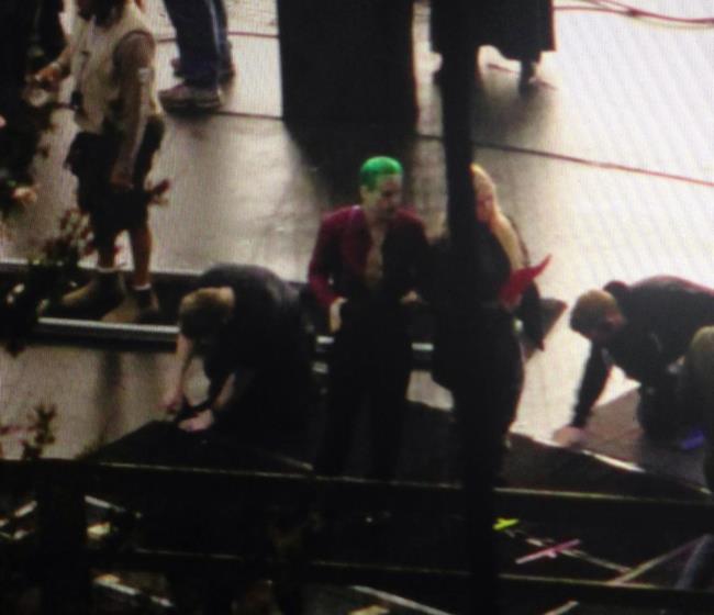 Jared Leto e Margot Robbie in una scena di Suicide Squad