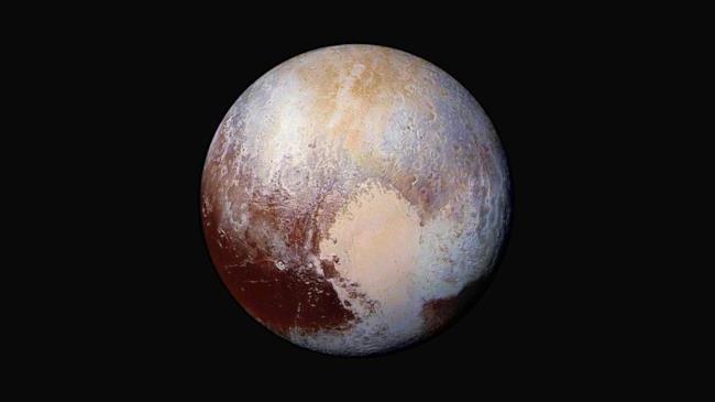 Uno scatto della sonda ne horizons del pianeta plutone