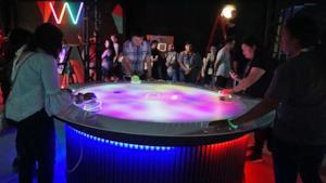 L'hockey da tavolo virtuale in azione