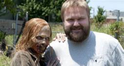 Robert Kirman e uno zombie