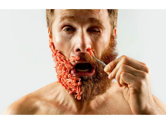 Omini sostituiti alla barba