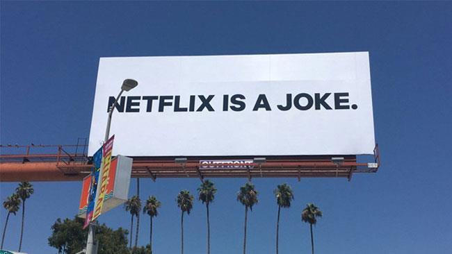 Un cartello pubblicitario di Netflix