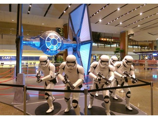 all'aeroporto di Singapore