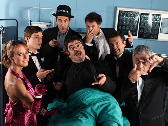 Francesco Pannofino e il cast nella serie TV Boris