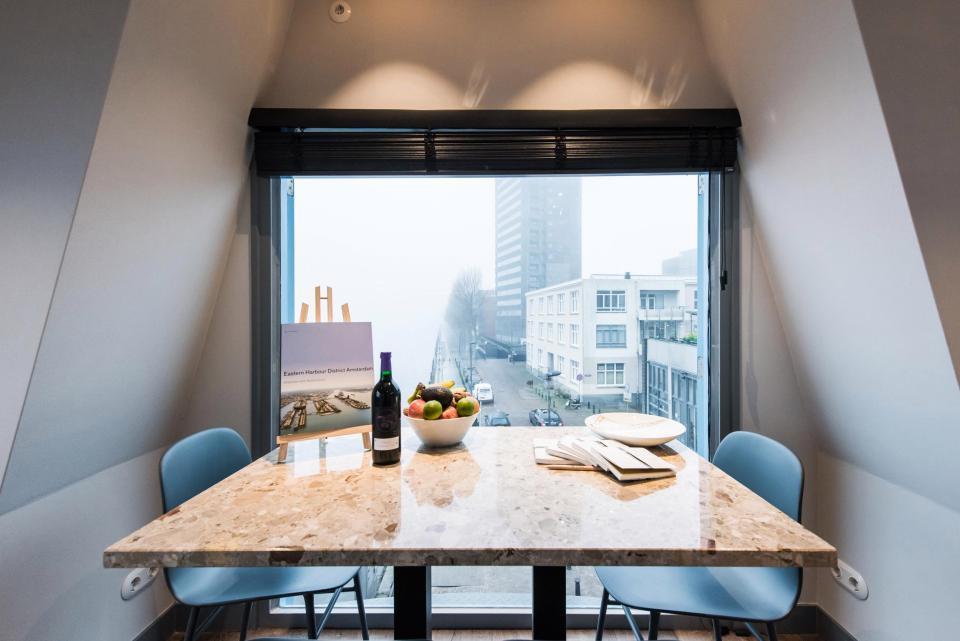 Il tavolo con vista della gru hotel di Amsterdam