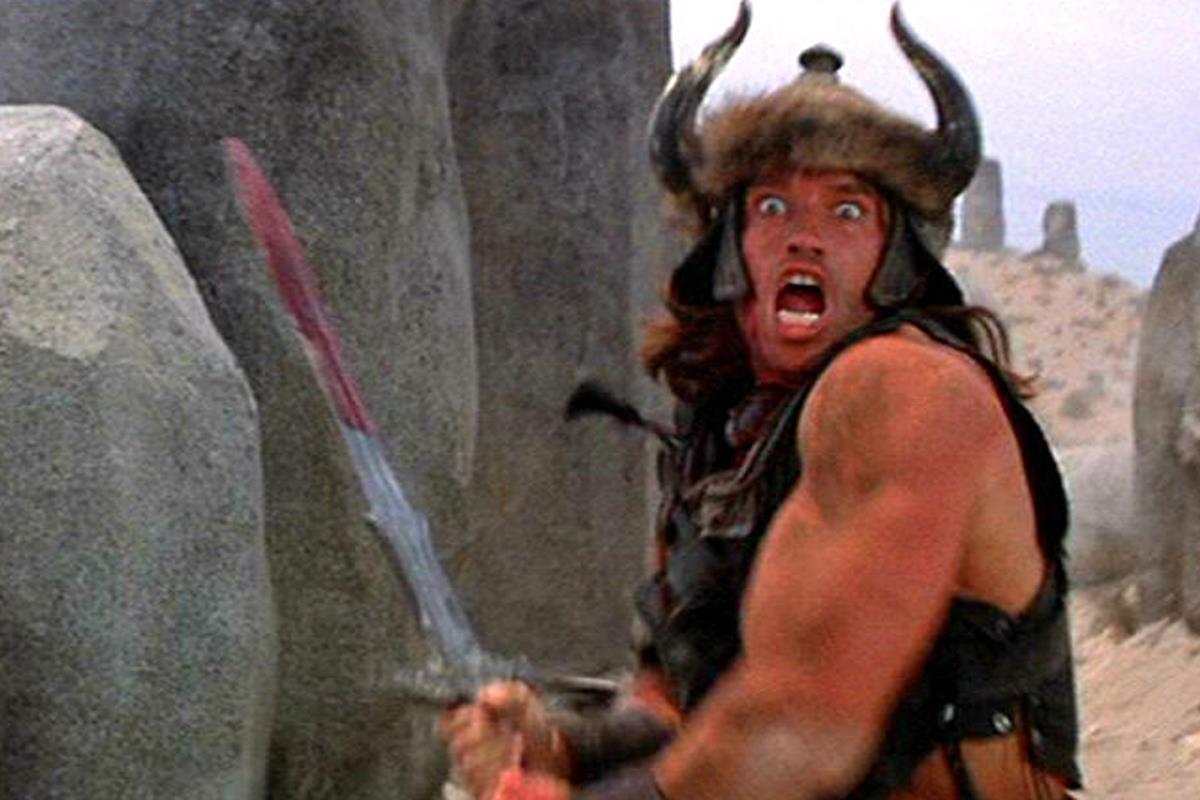 Arnold Schwarzenegger interpreta Conan il barbaro