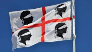 La bandiera sarda su un'asta
