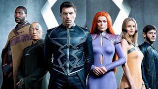 Il gruppo di supereroi Inumani, protagonisti di una serie TV nel 2017.