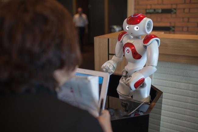 Nao the robot, uno degli aiutanti dell'Henn na Hotel