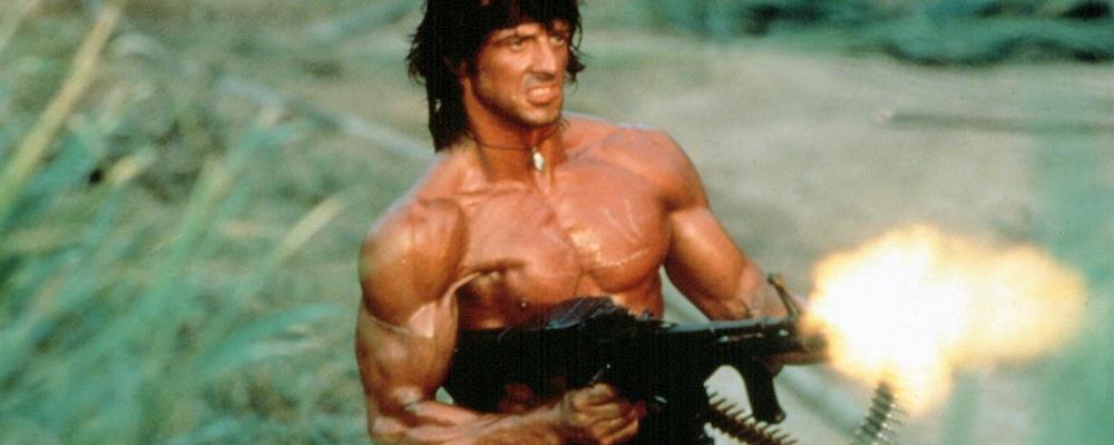 John Rambo spara col mitra