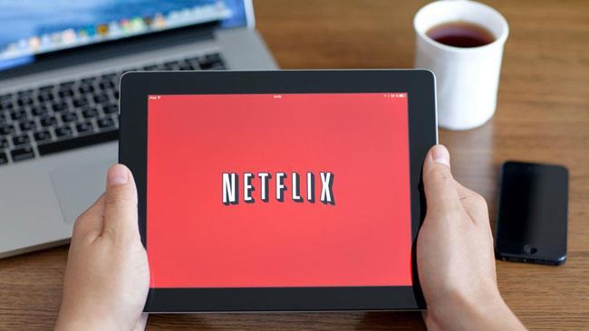 Netflix si prepara all'arrivo italiano: ecco i prezzi dei pacchetti