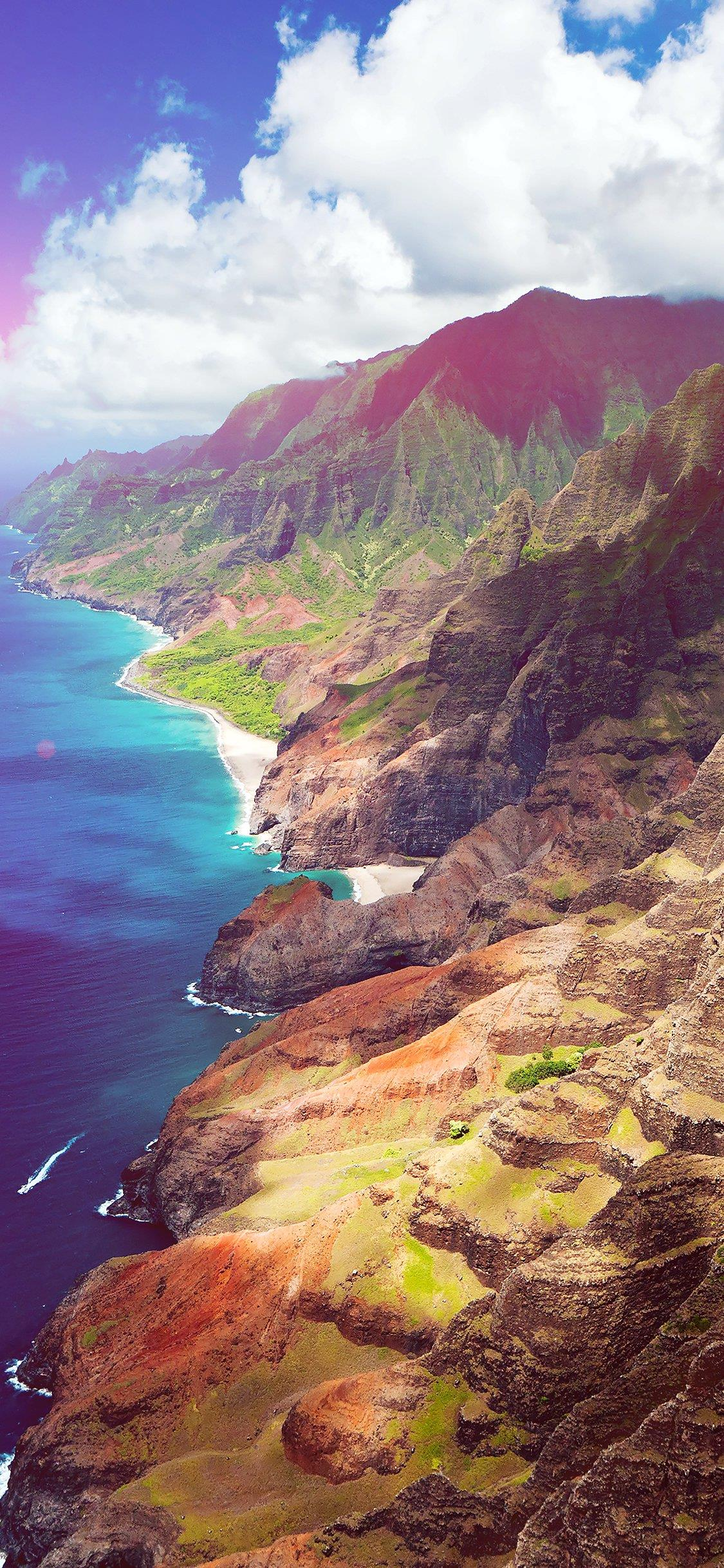 Una foto aerea di una costiera - Sfondi per iPhone, i migliori da scaricare gratis