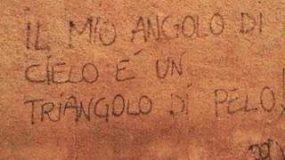 Scritta d'amore comica sul muro
