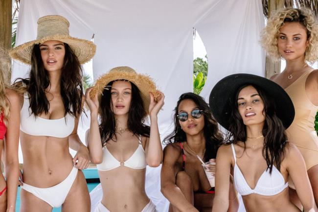 Le bellissime modelle del Fyre Festival