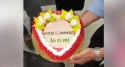 """La torta del video con scritto """"Io ci sto"""""""