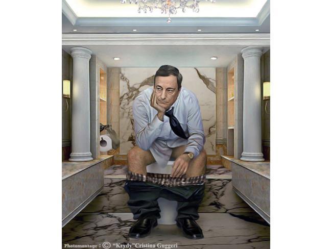 Mario Draghi sul gabinetto in posa da pensatore