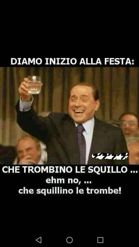 Un meme su Berlusconi - Immagini divertenti per WhatsApp da scaricare gratis