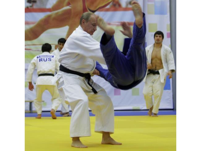 Putin attacca l'avversario