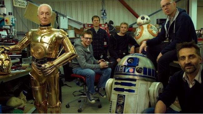 Dai robot radiocomandati passando per gli attori, nel nostro mondo stanno arrivando dei veri droidi!