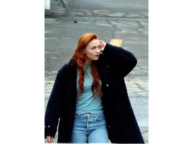 Foto rubata di Sophie Turner dal set di X-Men: Apocalypse