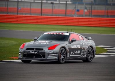 La Nissan GT-R in pista